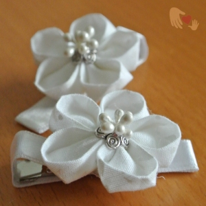 White White Kanzashi Flower Hairclips - US$8.00 - comes in a pair.