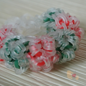 This one is called Rock Candy Christmas Loom Bracelet... doesn't it look yummy enough to eat?