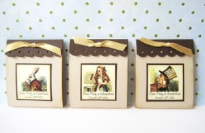 Alice_In_Wonderland_TeabagFavors