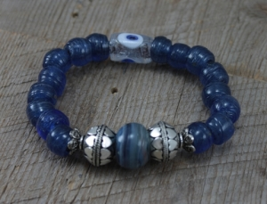 SariBlue_Clear_Eye_Bracelet